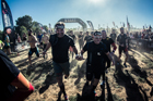 David Casinos, primer deportista invidente que termina la carrera de obstáculos Spartan Race